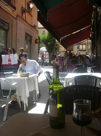 Chiky : View from the terrace to the Plaza Mayor