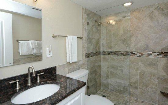 La Siesta Condominiums: Condo 320- 2 Bedroom- 1 Bath