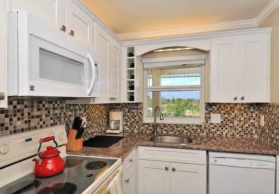 La Siesta Condominiums: Condo 418- 2 Bedroom- 1 Bath