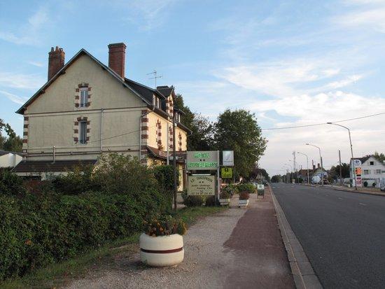 Le Dauphin Hotel: Logis de France, hotel/restaurant Le Dauphin