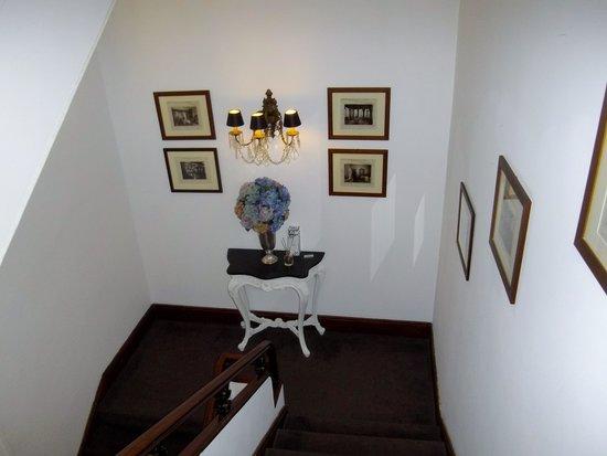 le palier d\'un escalier - Photo de Grande Hotel Do Porto, Porto ...