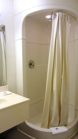 Motel 6 Green River: Nice stand up shower