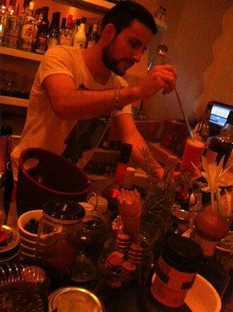 Atheneon Bar
