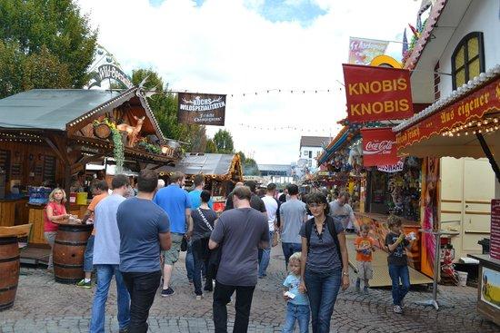 Dürkheimer Wurstmarkt: no wine here folks