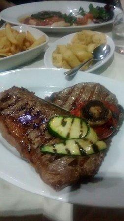 La Cantina Del Vino: Steak T Bone