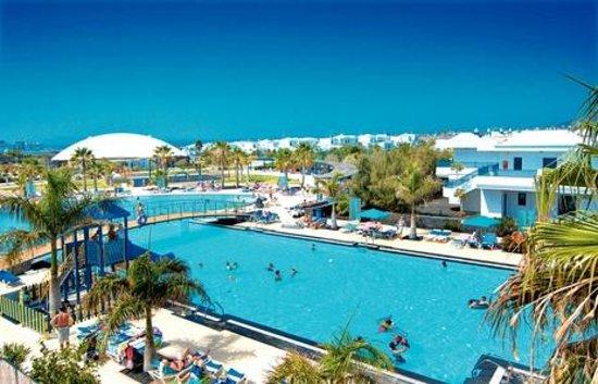 THB Tropical Island : pool bar