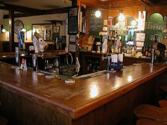 East Setauket, NY: Country Corner Pub