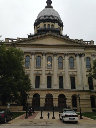 Illinois State Capitol: Exterior & Visitor Entrance to the Capitol.