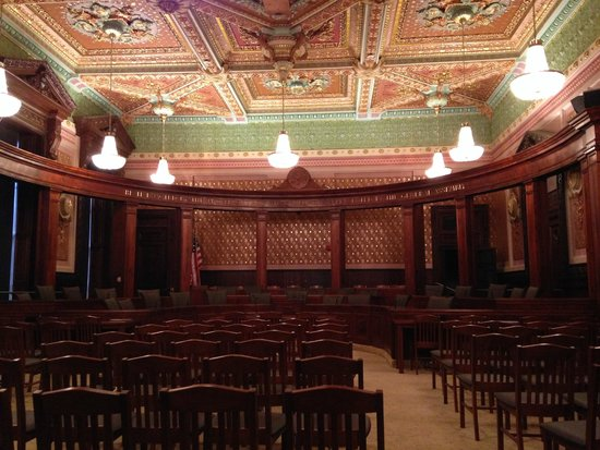 Illinois State Capitol: Original Supreme Court chambers within the Capitol Building.