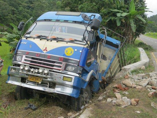 Hello Guest House: The road to Bukittinggi
