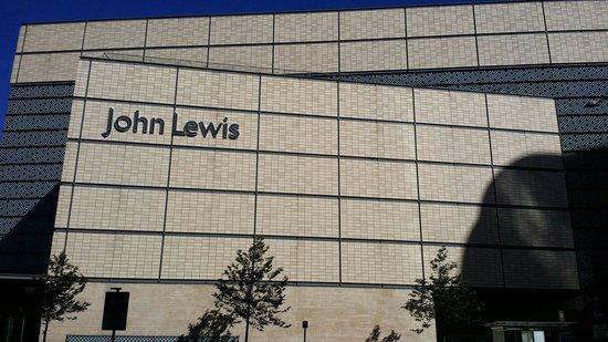 راديسون بلو هوتل كارديف: John Lewis infront of the hotel