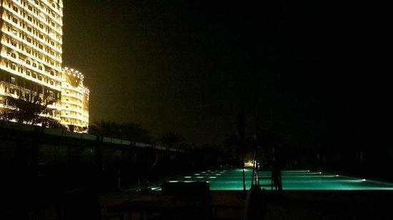 Waldorf Astoria Ras Al Khaimah : Hotel exterior at night