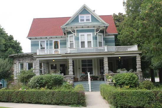 Reynolds House Bed and Breakfast: Welcoming