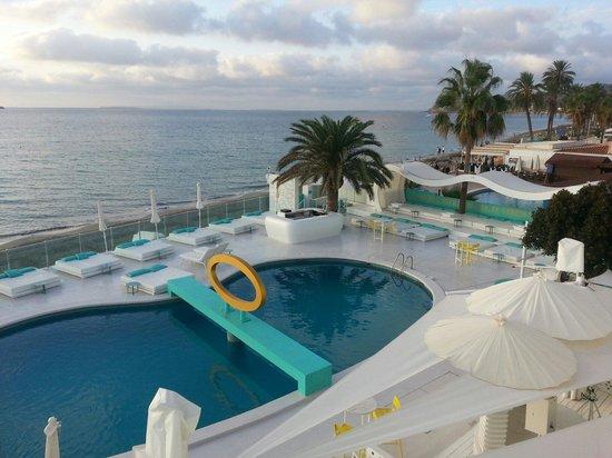 Santos Ibiza Coast Suites: Pool area from balcony