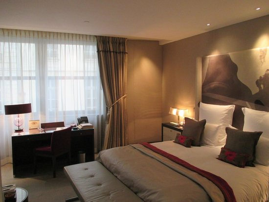 Mandarin Oriental, Paris: Superior room