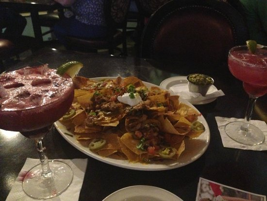 ‪‪Hard Rock Cafe‬: Cocktails e Nachos‬
