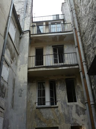 Hotel Pointe Rivoli: View