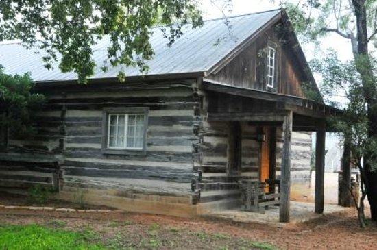 Hoffman Haus : Guest Cabin