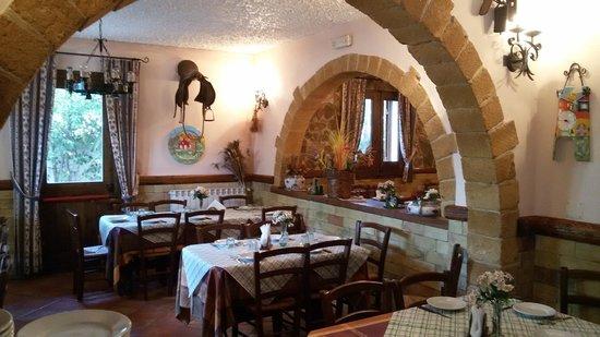 Torretta, Italy: Interno del locale