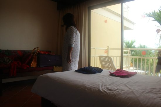 The Front Village Hotel: Room