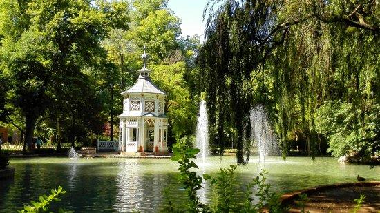 Jardines chinescos en jardin del principe picture of for Restaurante jardin del principe en aranjuez