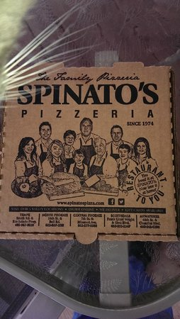 Spinato's Pizza: A great carry home box