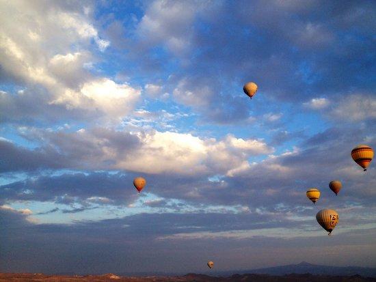 Hot Air Balloons ~ Cappadocia - Picture of Goreme Balloons ...