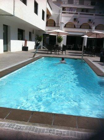 Hotel Salome: La piscine !