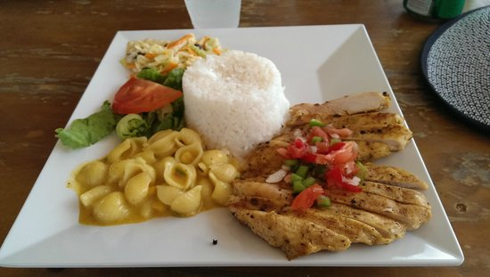 Simpson Bay, St. Martin: Delicious lunch included in day trip price to Sandy Island