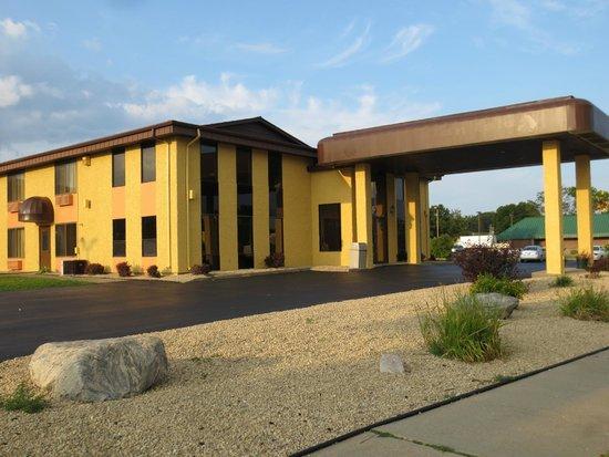Baymont by Wyndham Wisconsin Dells: Exterior