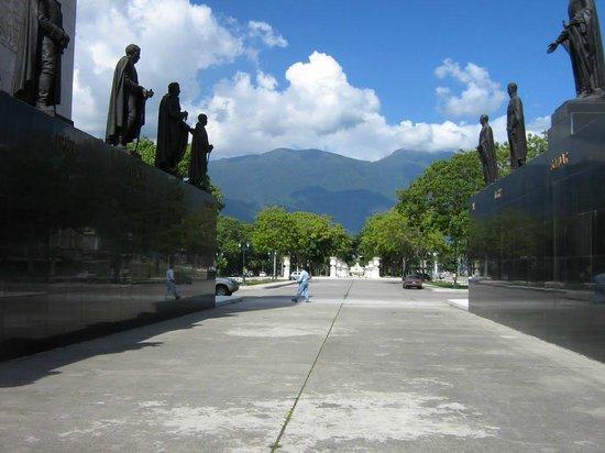 Paseo de Los Próceres: Parque 2