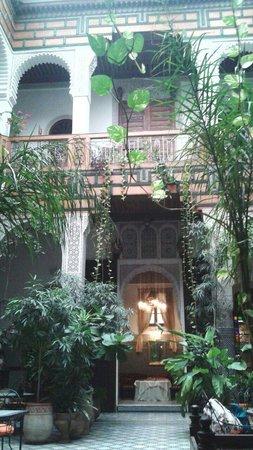Riad Al Bartal: salone