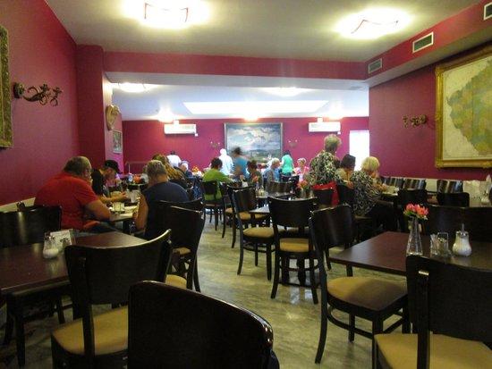Residence Bologna: Salle à manger de très spacieuse.