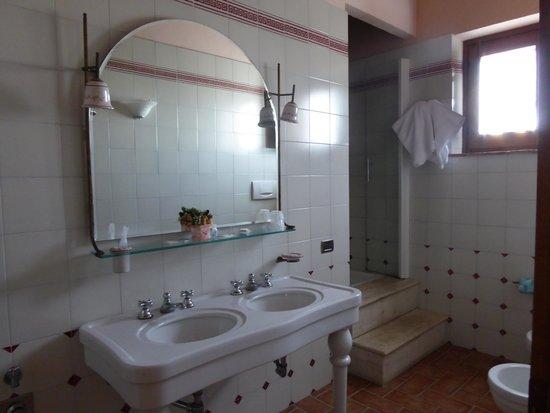 Agriturismo Sanguineto Montepulciano Hotel: Bathroom