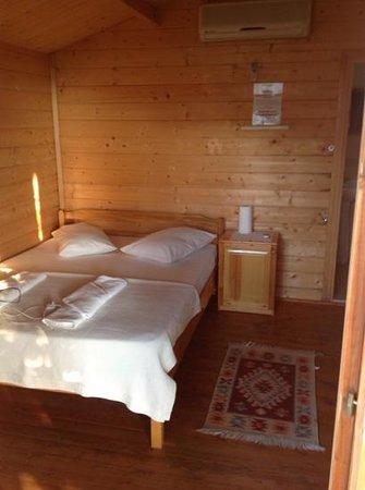Onur Motel: la chambre