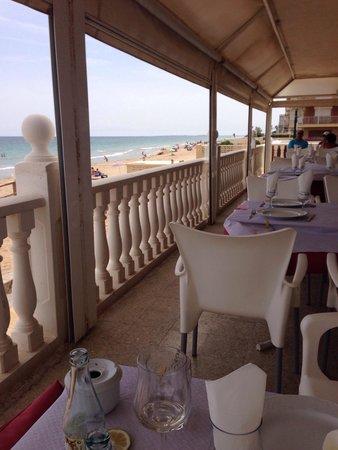Restaurante Gran Bahia: En bord de plage