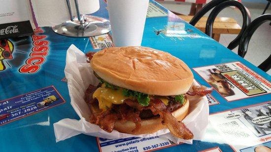 Classics - Burgers & Moore: Delicious bacon cheese burger