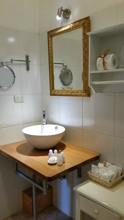 Hotel Boutique Acontraluz: baño