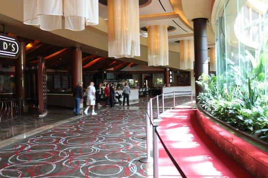 Harrah S Resort Atlantic City Lobby Area Near The Pool