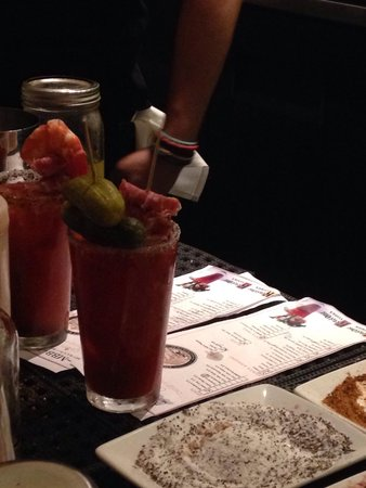 MET Back Bay: Incredible bloody Mary's!