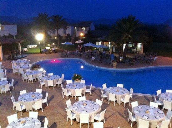 Cena bordo piscina foto di veraclub costa rey costa rei for Cena in piscina
