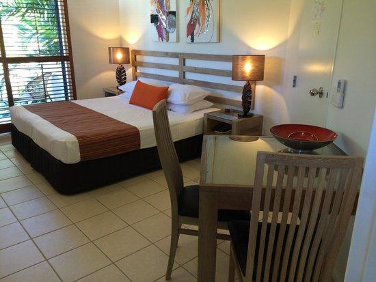 Meridian Port Douglas: room