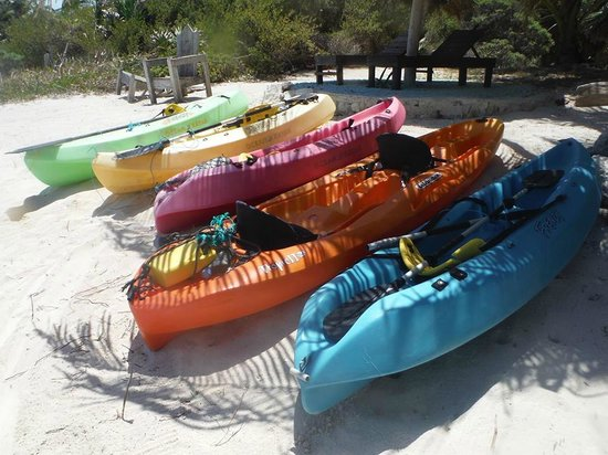 Sin Duda Villas: The fleet of kayaks...makes me crave skittles
