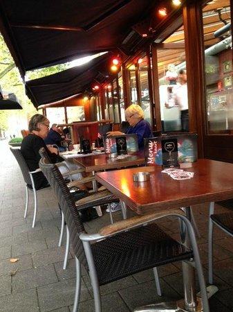 Cafe Ari