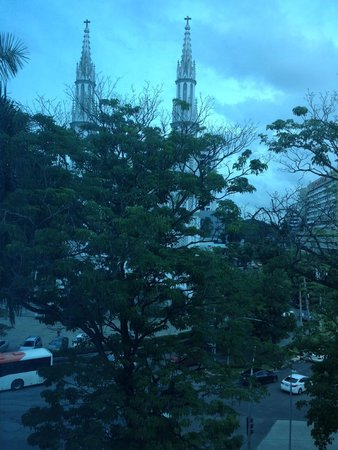 DoubleTree By Hilton Panama City: Church Across the Street (view from room)