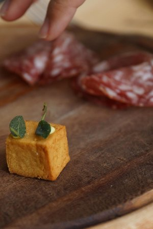 Osteria Volpaia: Saluto della cucina 1