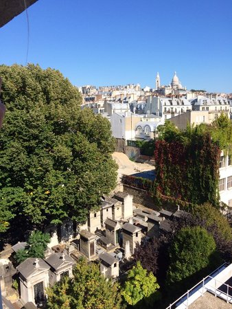Citadines Montmartre Paris: View from roof top