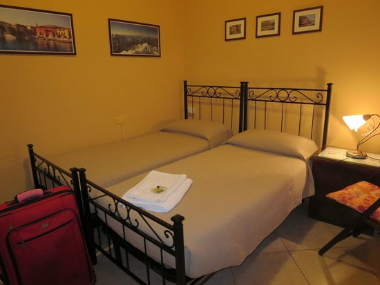 B&B Partenza Funivia: Very comfortable bed