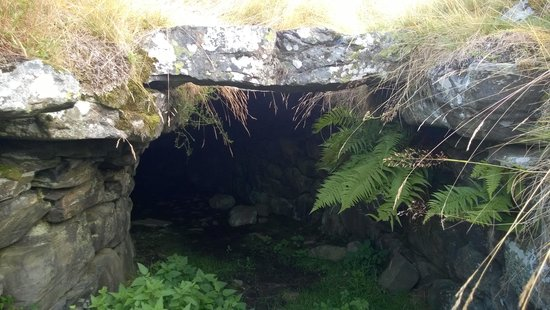 Slemish B&B: Raitts cave near Kingussie taken by Neil