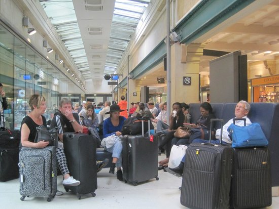 Gare du nord paris august 2014 photo de gare du nord for Agence avis gare du nord